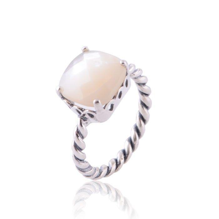 anillo madreperla pandora