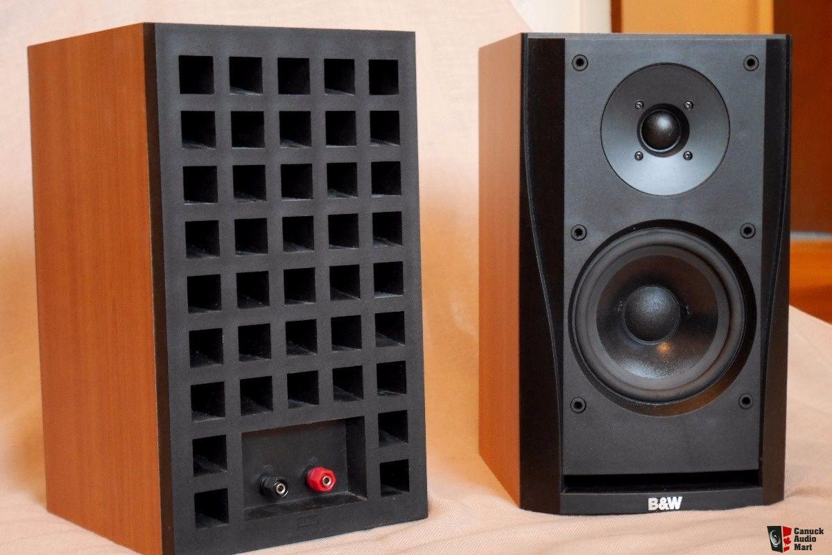 B W Dm302 Bookshelf Speakers Cherry Finish Audiophile