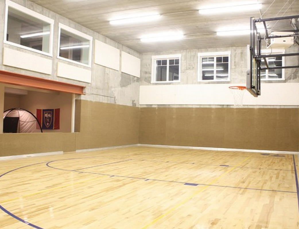 Now This Is A Bright Space And A Brightidea Sportcourt Homeinspiration Home Homedecor Indoorgym Ba Home Gym Design Indoor Sports Court Basketball Room