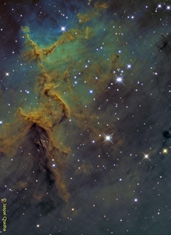 Heart Nebula's Cloudy Core Glows in Amateur Photo http://oak.ctx.ly/r/2ez5i