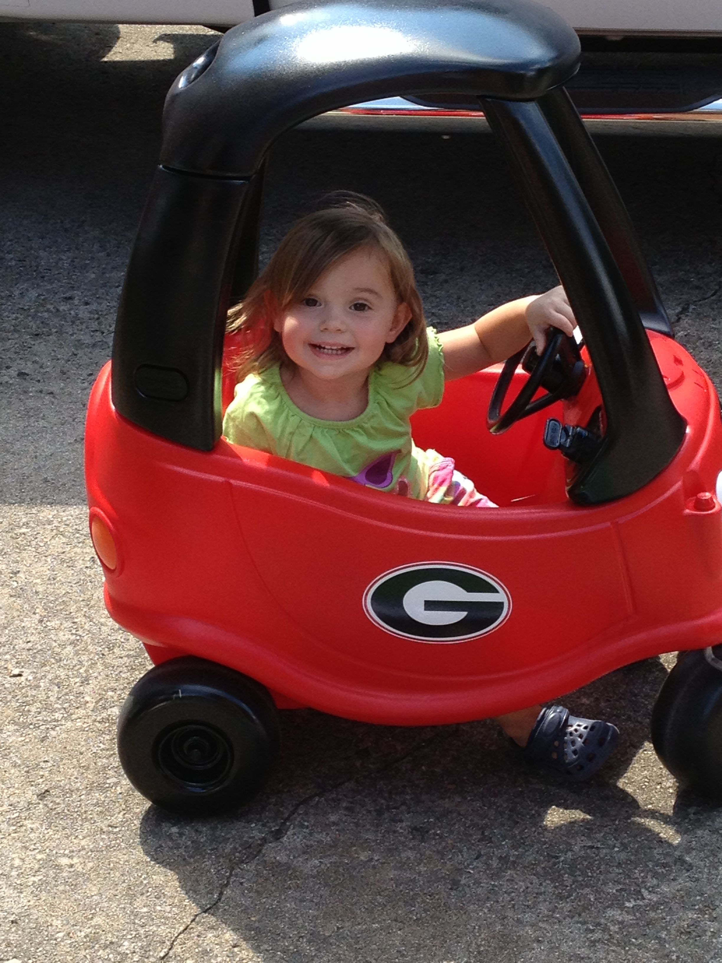 Cozy Coupe Makeover..... 1 UGA Fan!!!! Cozy coupe