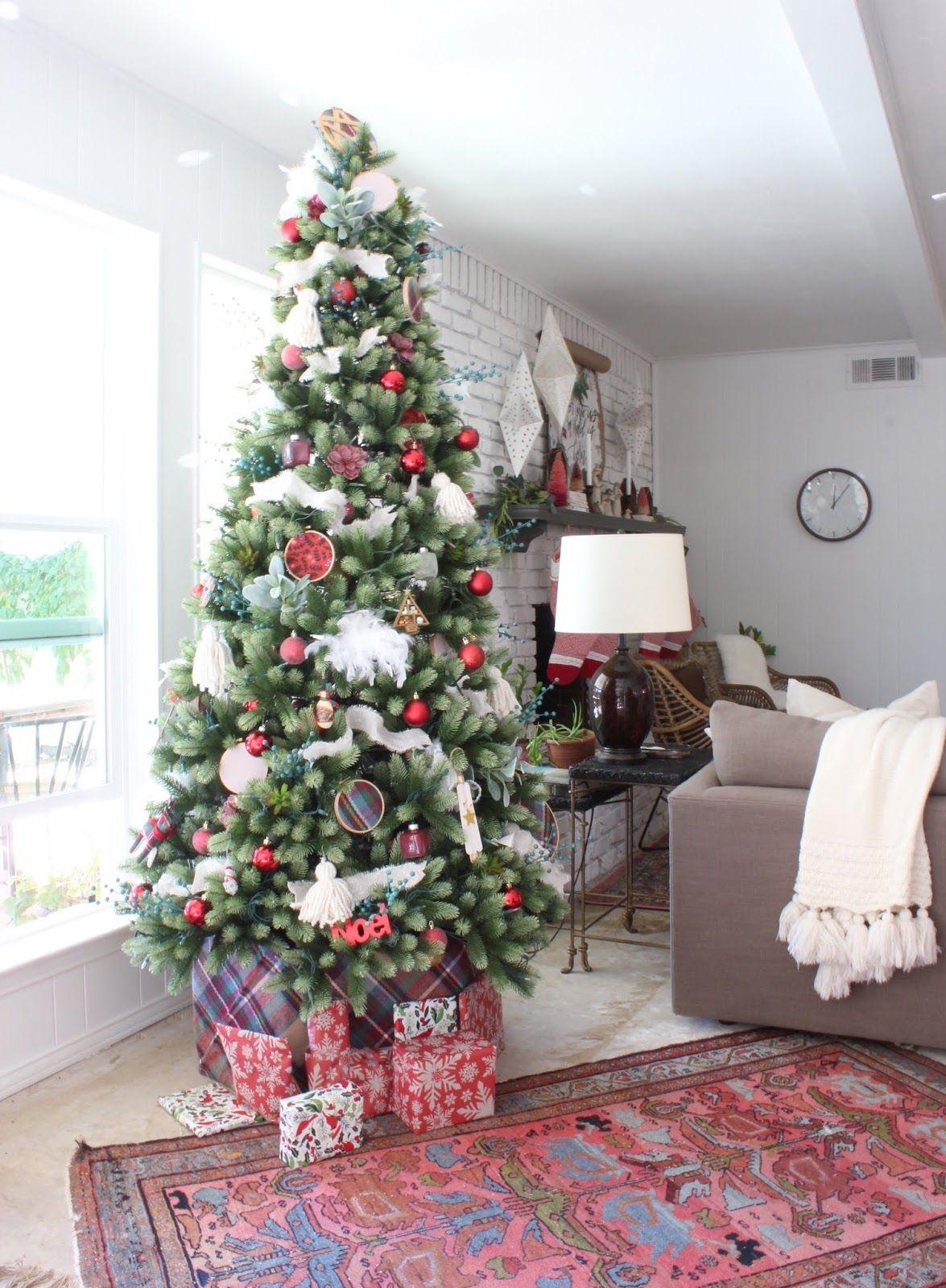 A Free Christmas Tree Collar DIY Modern christmas decor