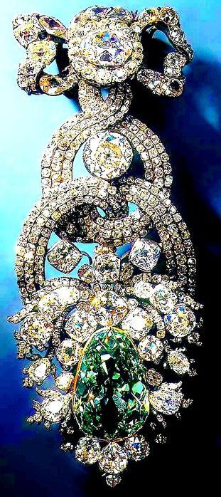 THE DIAMOND FUND OF RUSSIA, MOSCOW KREMLIN ~ The Romanovs jewelry, the 19th century