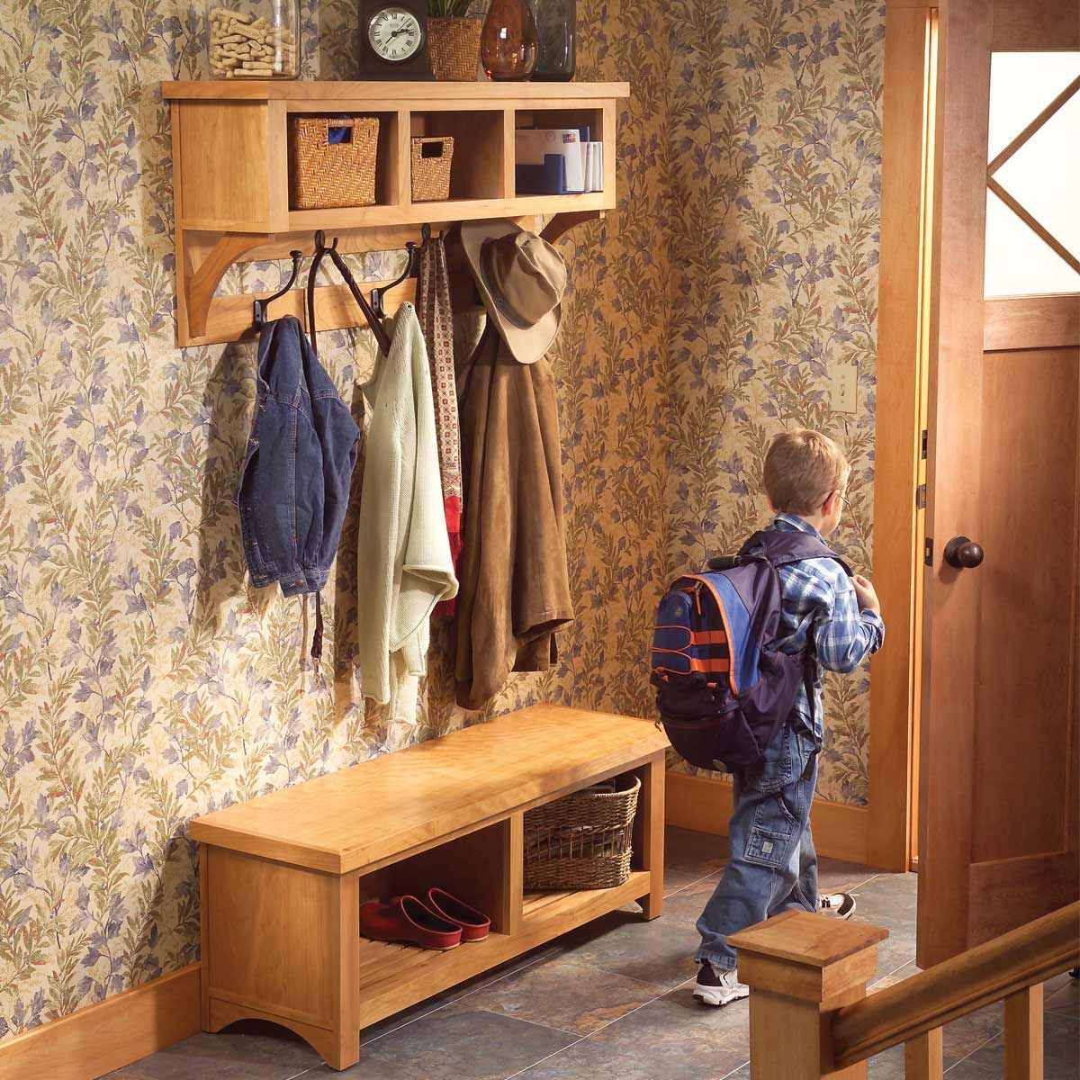 How To Build An Entryway Coat Rack And Storage Bench Entryway Coat Rack Woodworking Face Frame Cabinets