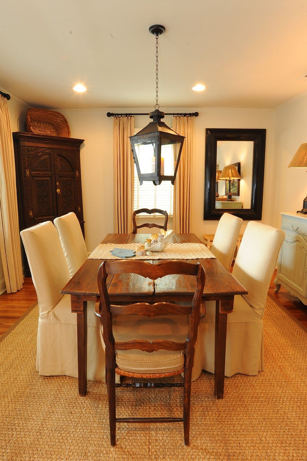 Cozy Dining Room In Isle Of Hope Cottage