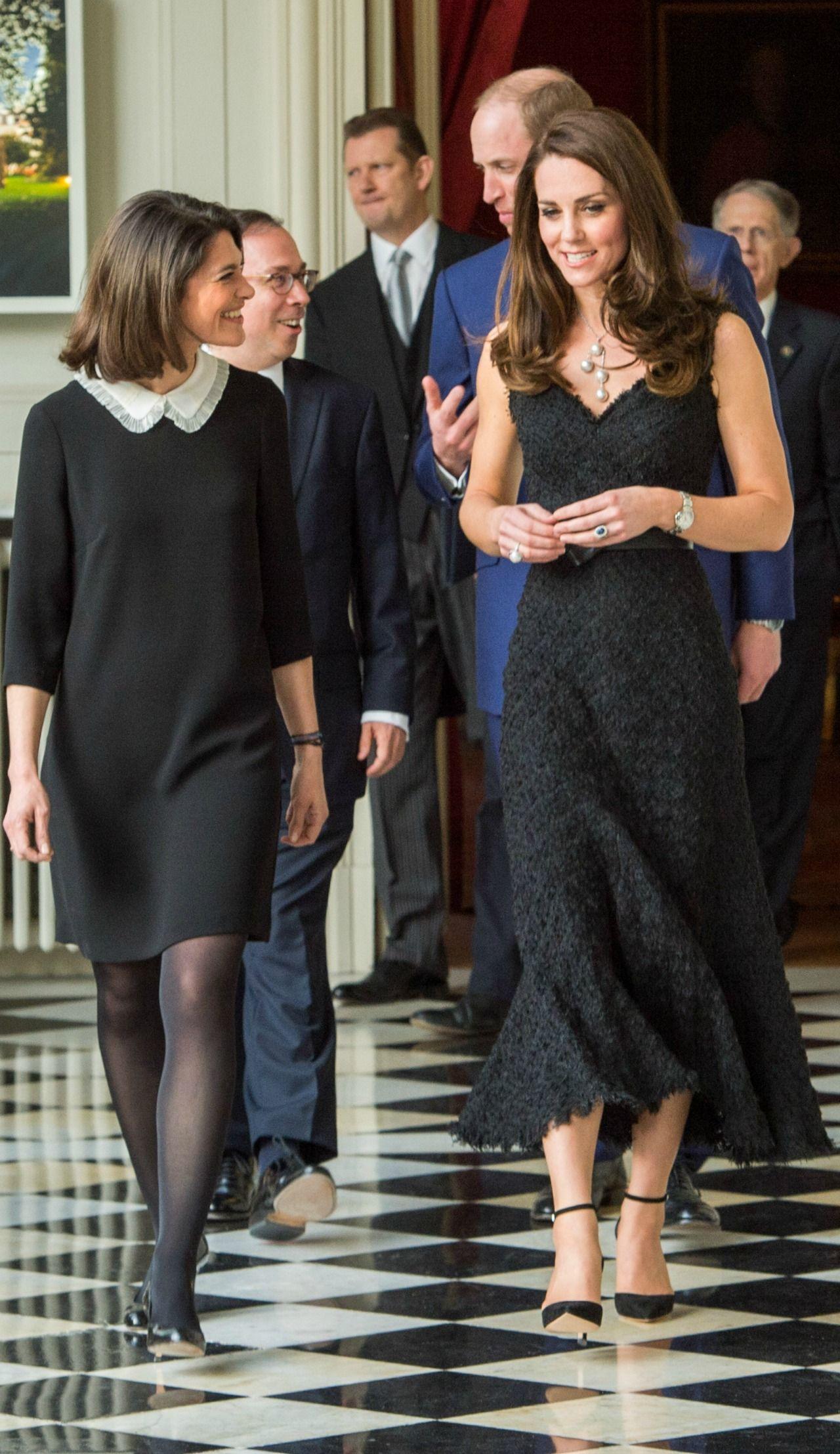f1fe718547e Kate Middleton Stuns in Alexander McQueen at Paris Gala