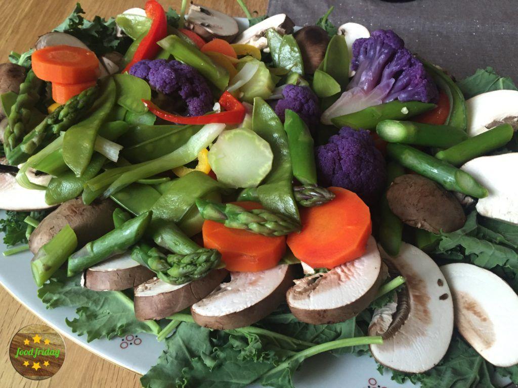 Gedämpftes Gemüse in allen Farben