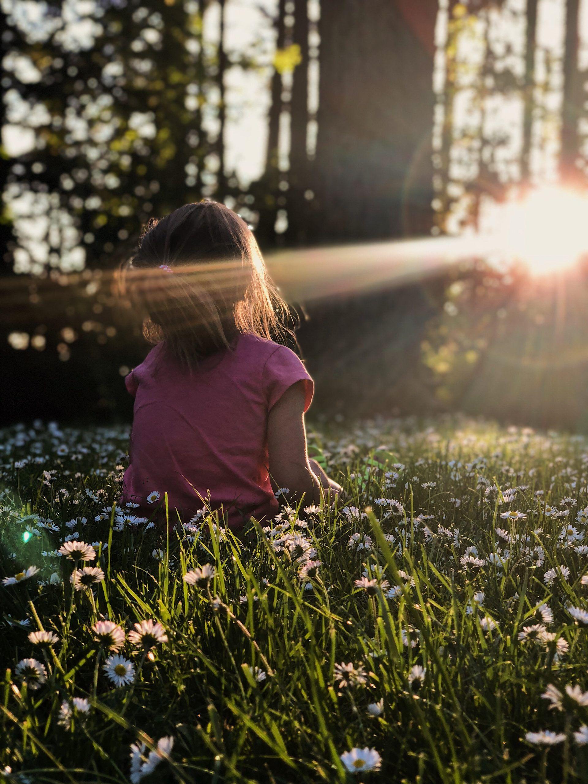 Mediter Avec Les Enfants Benefique Et Simple En 2020 Prendre Soin De Soi Meditation