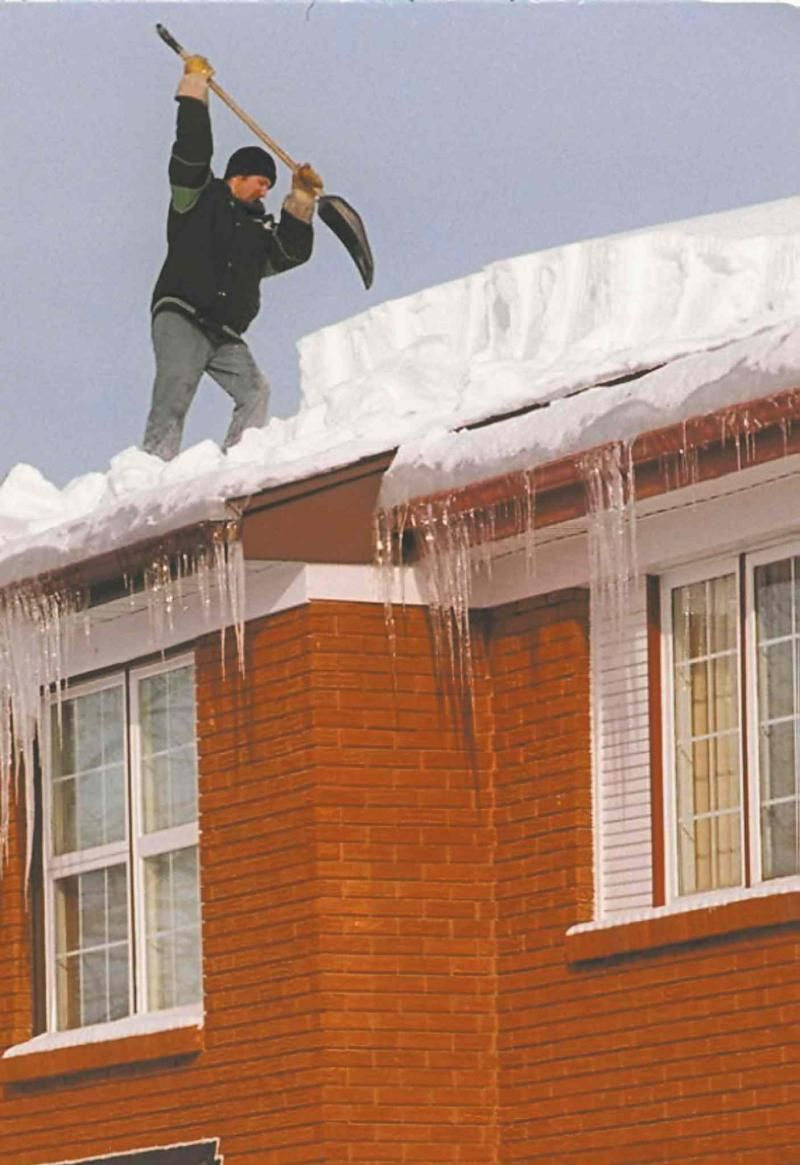 Roof Ice Damming Related To Air Sealing And Insulation By Ari Marantz Http Homes Winnipegfreepress Com Winnip Ice Dams Renovation Design Real Estate Articles