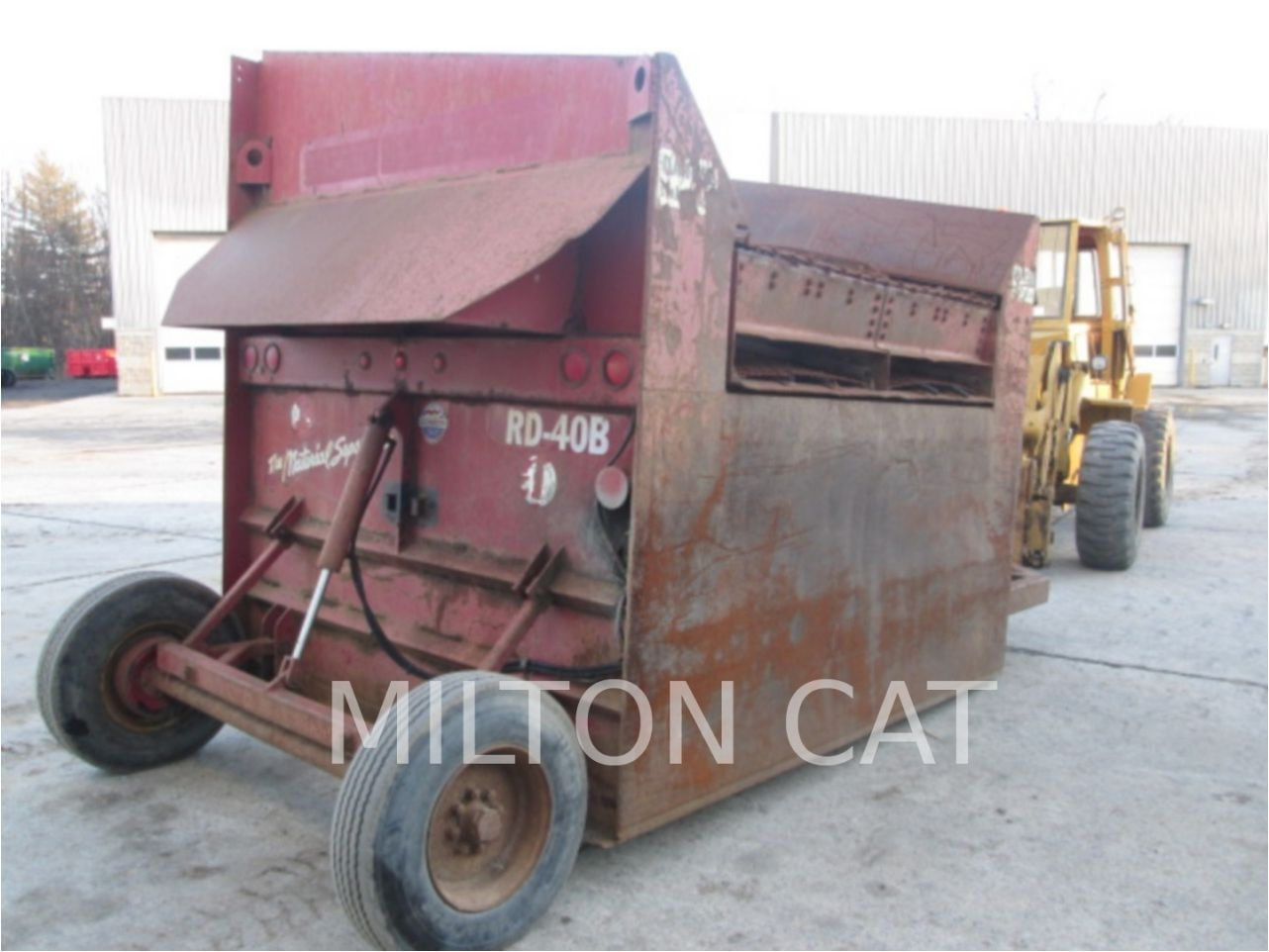 1995 READ RD40B Screen for sale Milton CAT Clifton Park