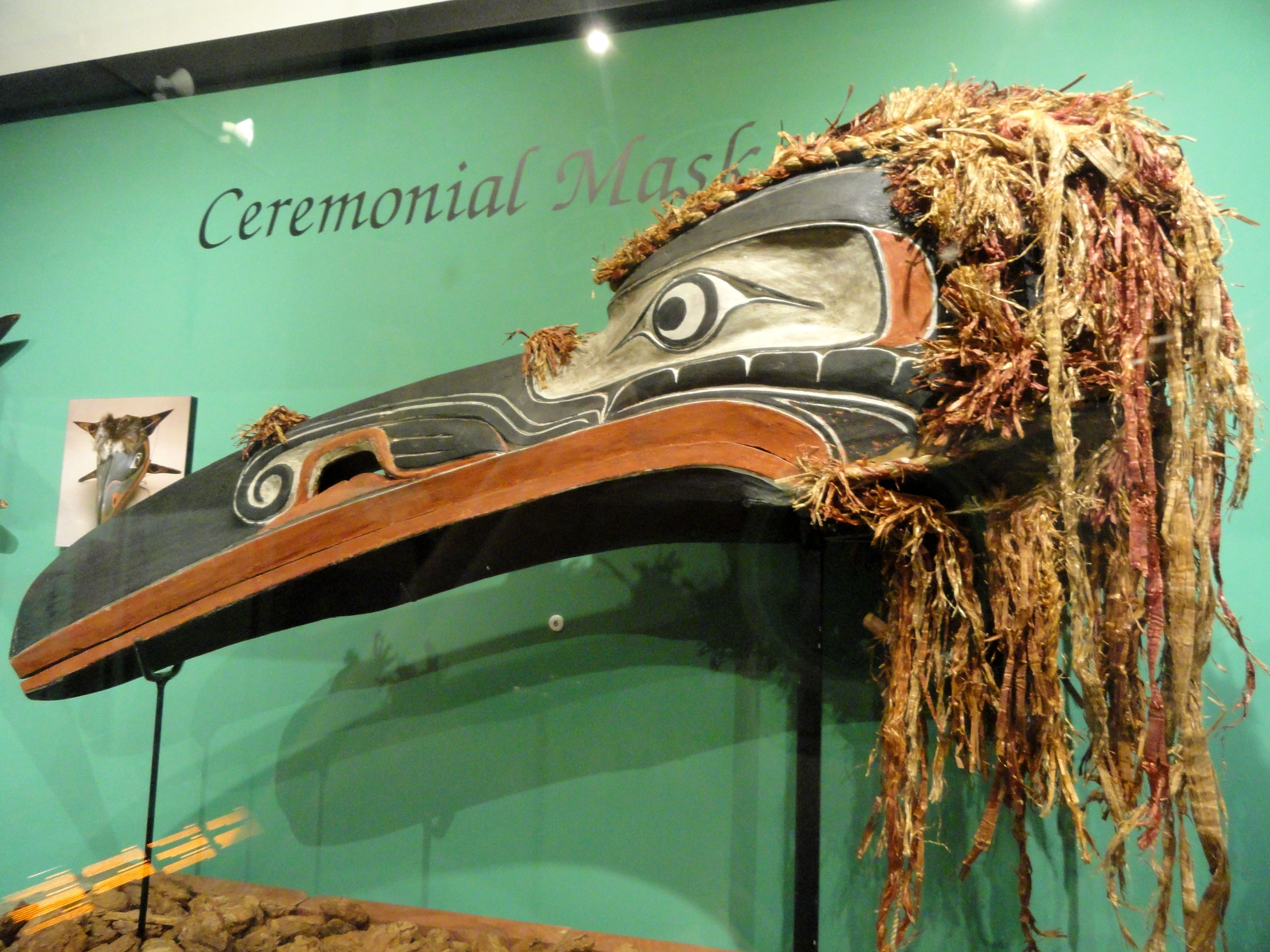Hamatsa Raven Masks | File:Hamatsa raven mask, Kwakiutl, collected at Memkwumlis, Village ...