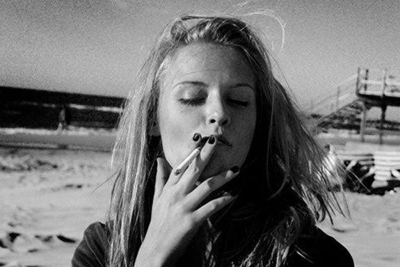 smoker girl Gallery