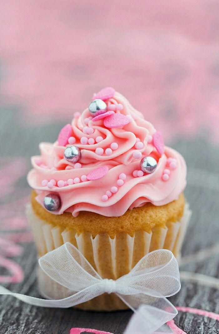 Pin by Vero Obregn Masi on cupckae cake ice cream macaroons