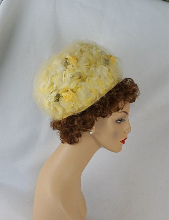 Vintage 60s Hat Pale Yellow High Crown Silk Floral Pillbox by Le Charme Sz 21