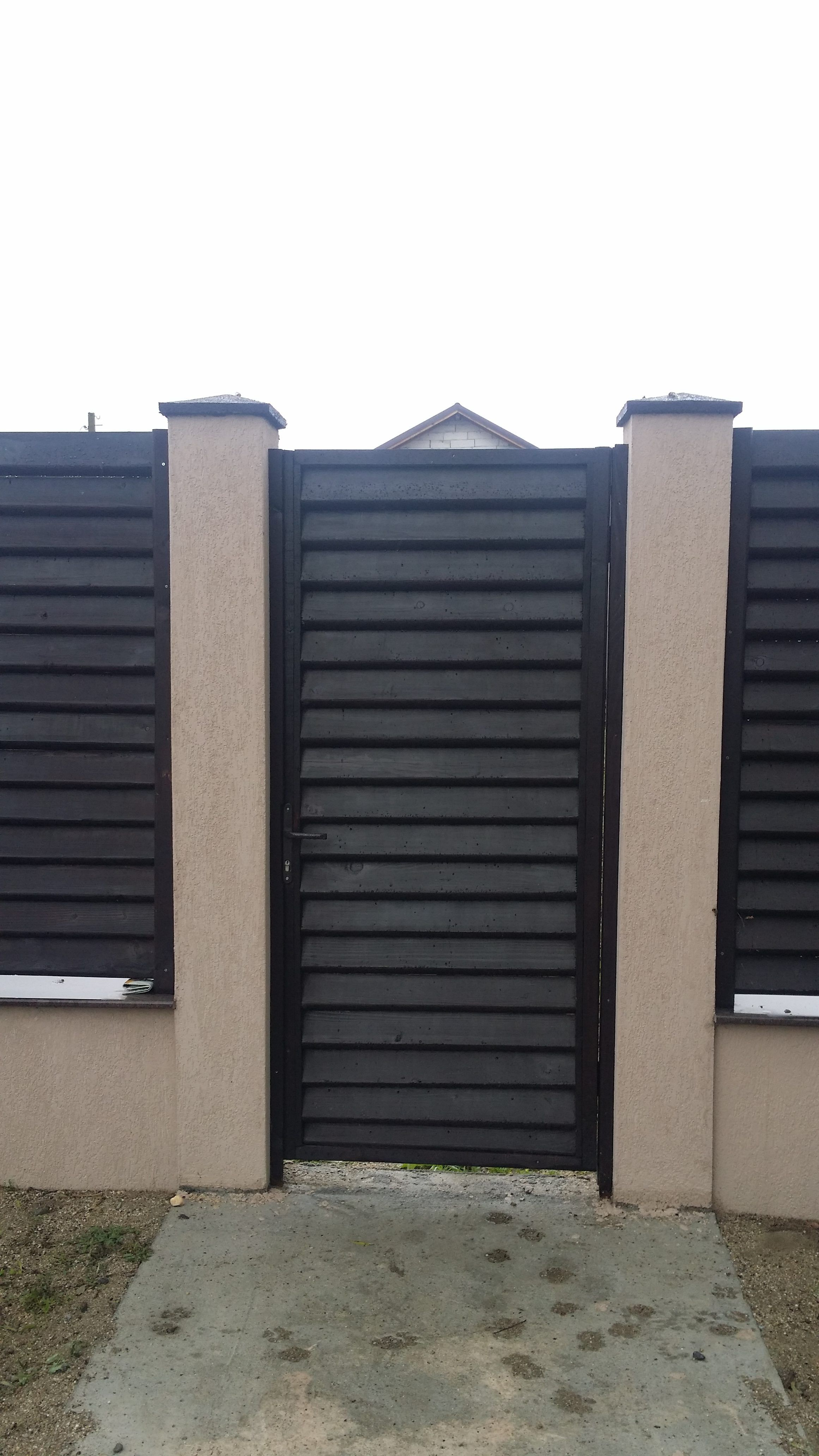 Garduri din lemn tip jaluzea garduri din lemn modele for Modele de garduri pentru case