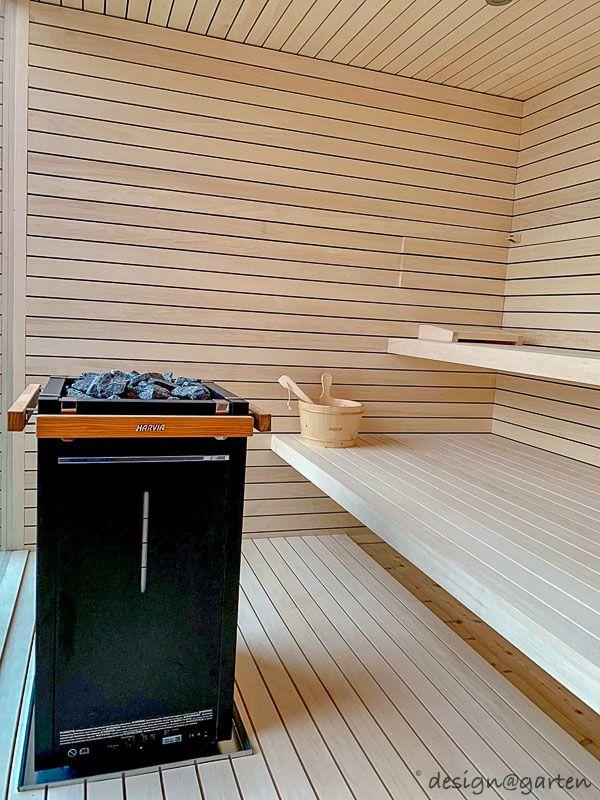 Design Gartensauna mit Panoramaverglasung Blackbox von