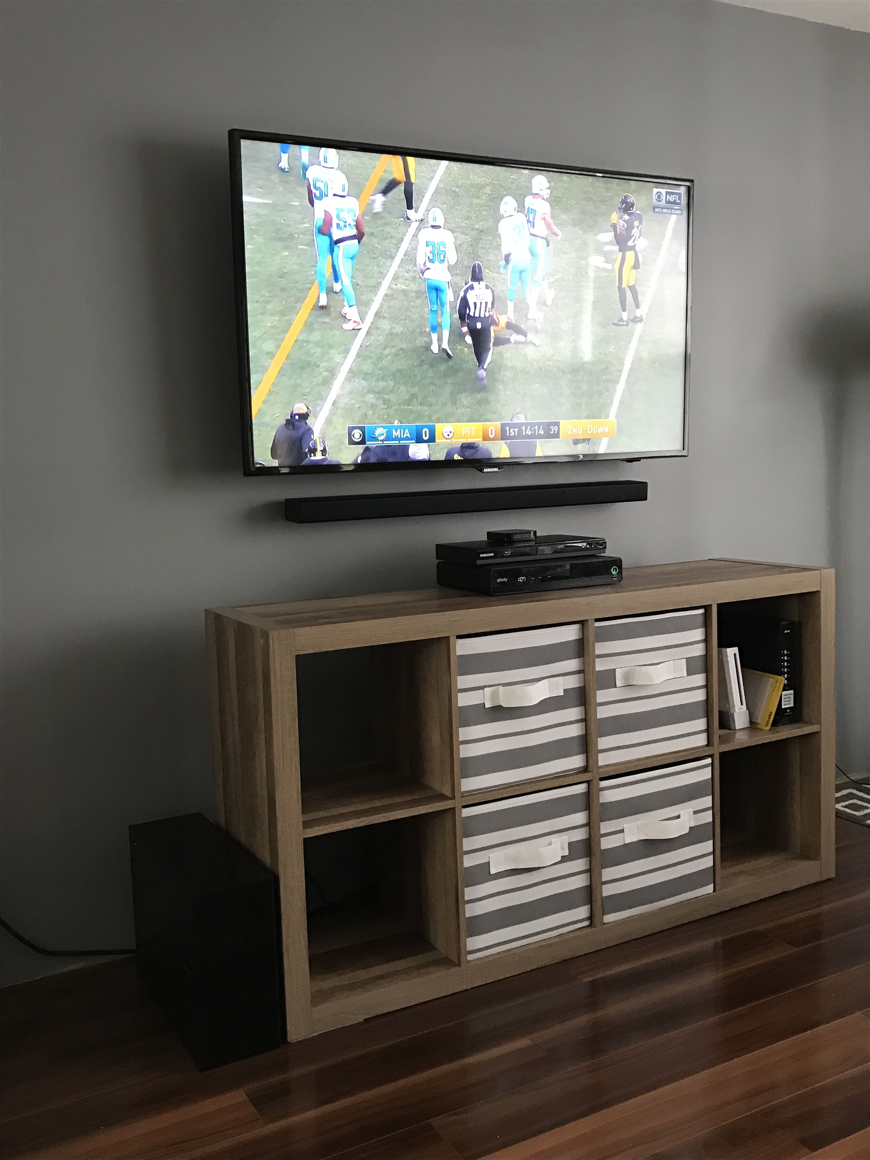 Mounted My 55 Samsung Led Tv And Samsung 3 1 Sound Bar Hiding The