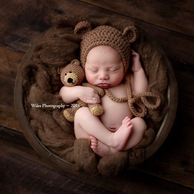 Crochet baby newborn bonnet bear hat and teddy bear toy set photo prop