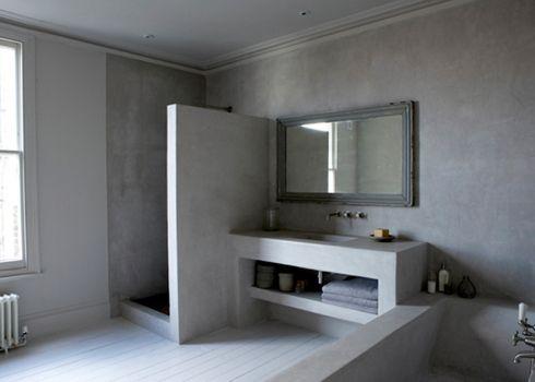 Photo of Badrumsinspiration: Rå betong i badrummet hemma hos Paul Massey
