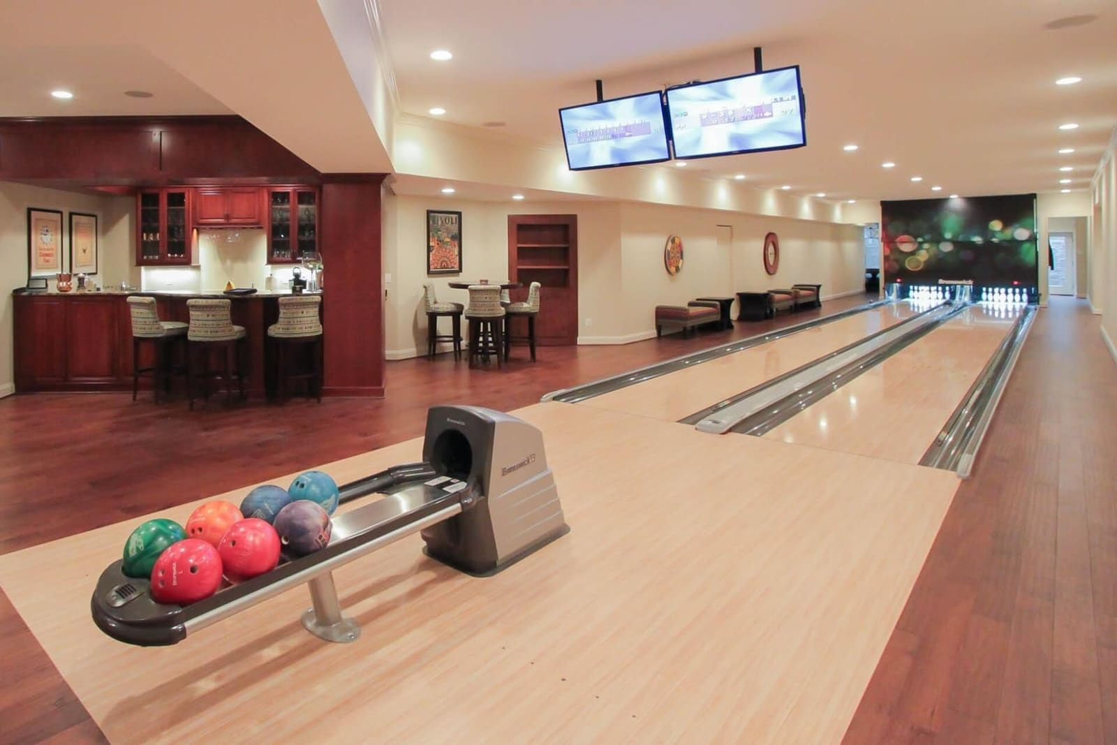 Home Bowling Alley Photos & Amenity Bowling Lane Gallery