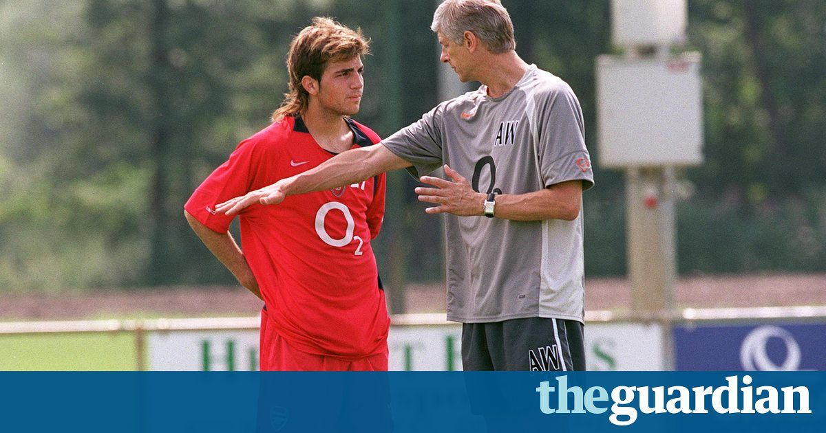 Arsène Wenger fears young footballers are 'isolated' from