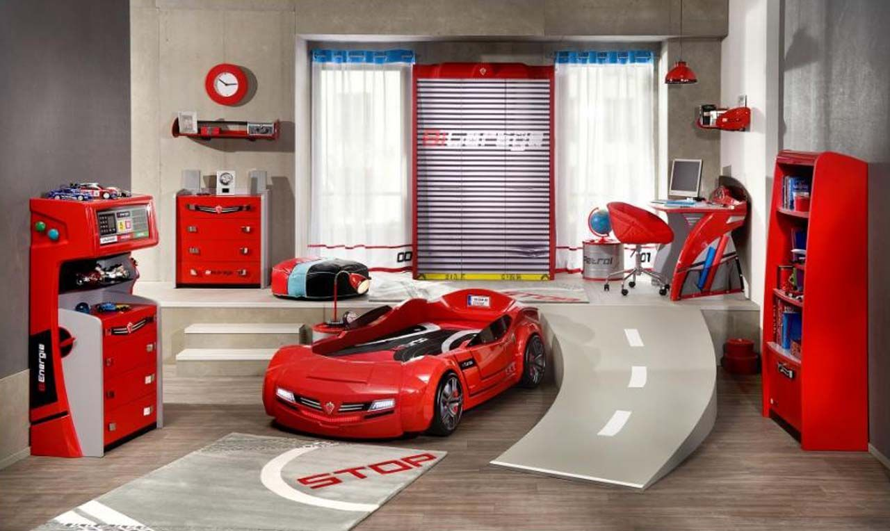 Red White And Blue Motor Racing Boys Room Cool Boys Room Boy Bedroom Design Boys Room Design