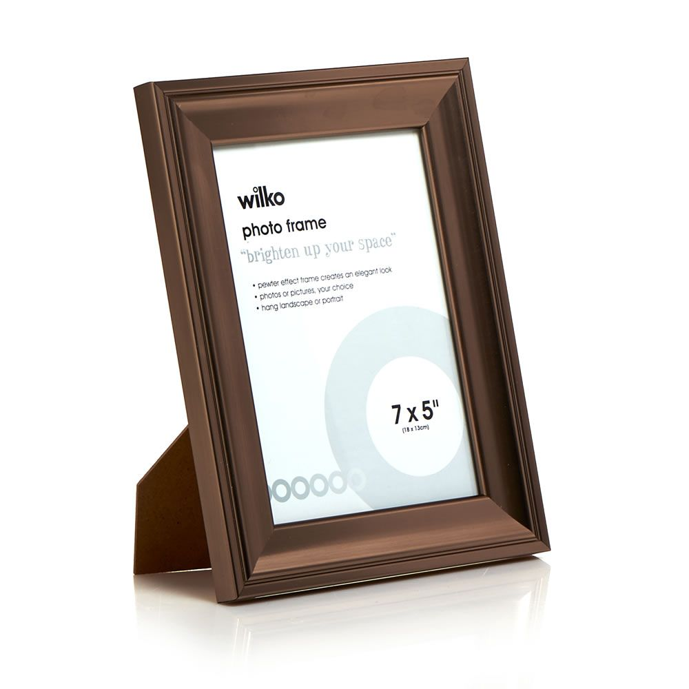 Pewter Effect Photo Frame 7 x 5in | Pewter, Display and Walls