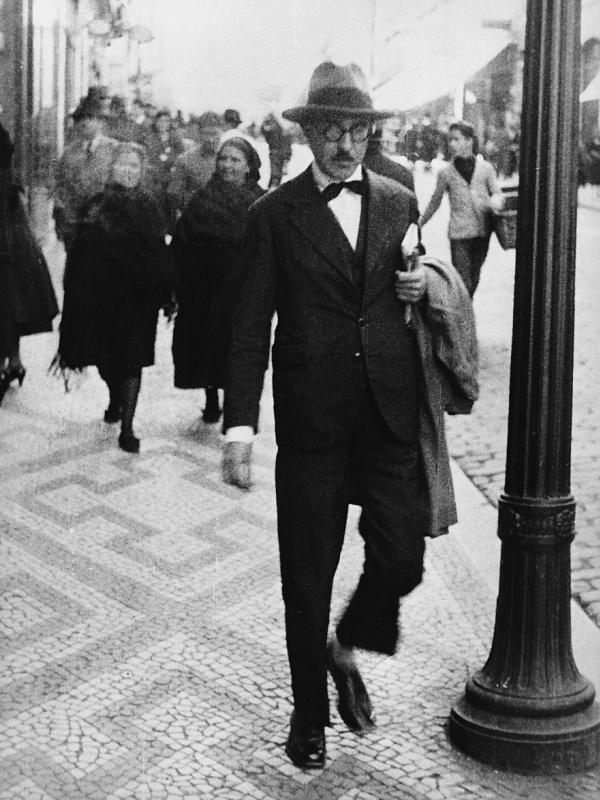 Roteiro em Lisboa para viver e dormir como Fernando Pessoa