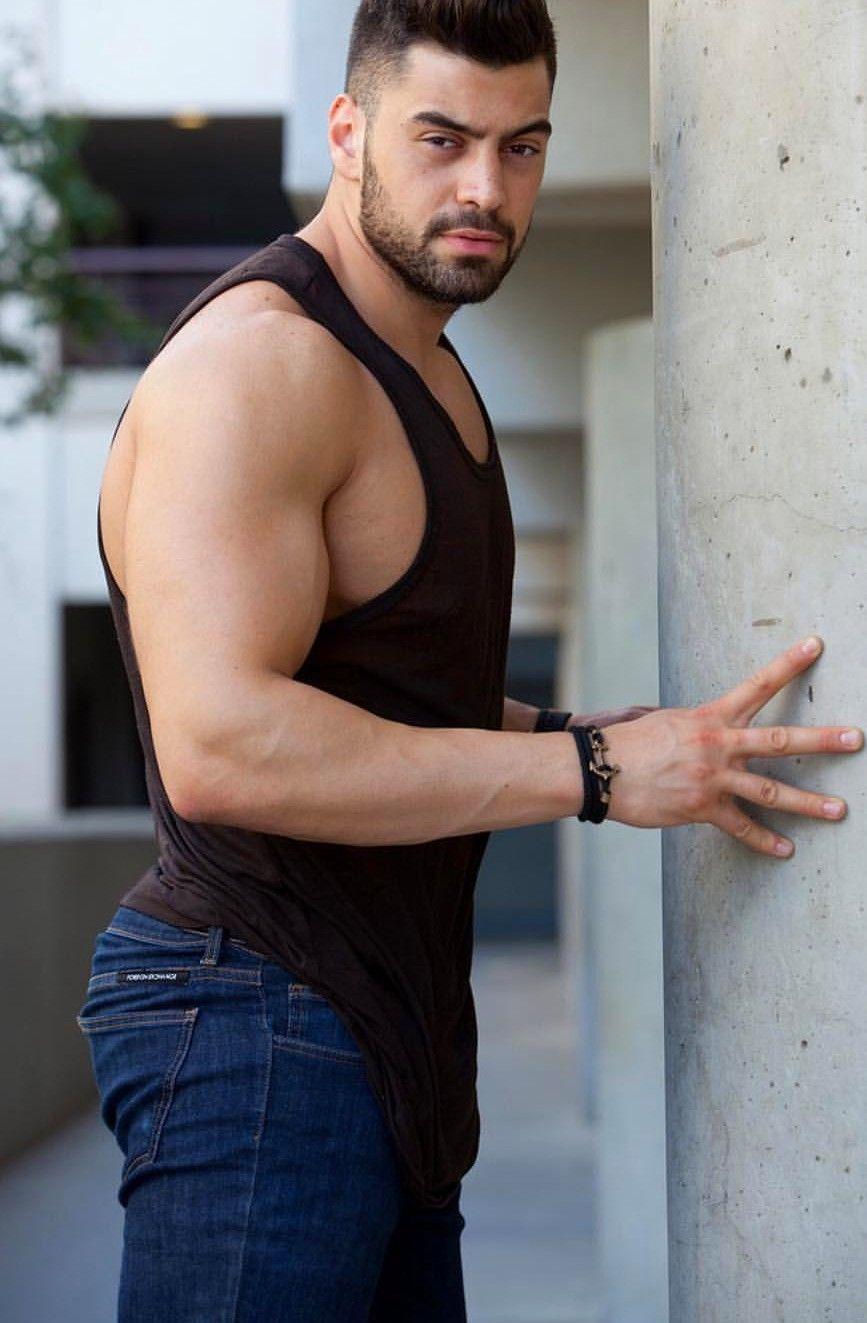 Pin en Hot Guy Sexy Men