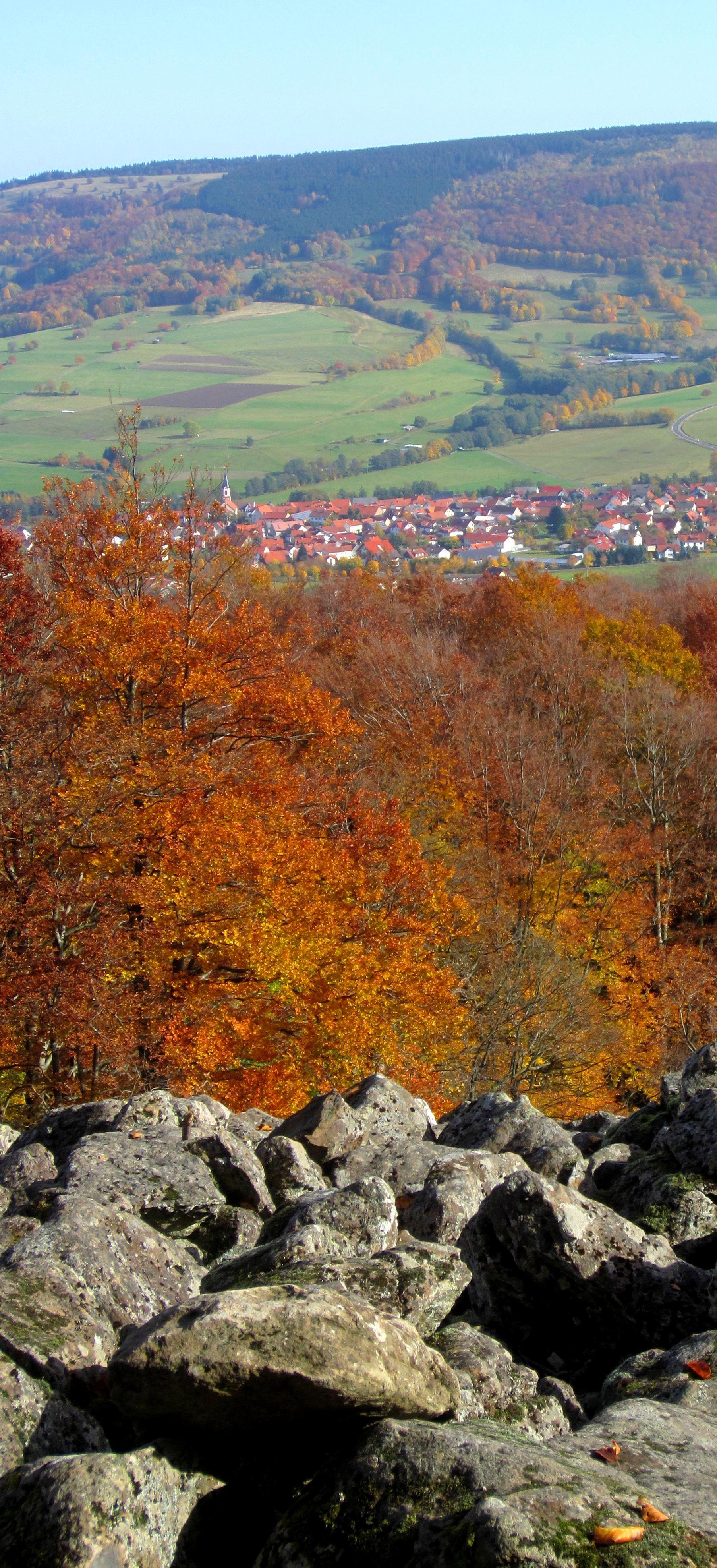 Joggingtour am 20.10.12 in der Rhön mit Heidelstein und Wasserkuppe. Weitere Touren http://trampelpfad.net