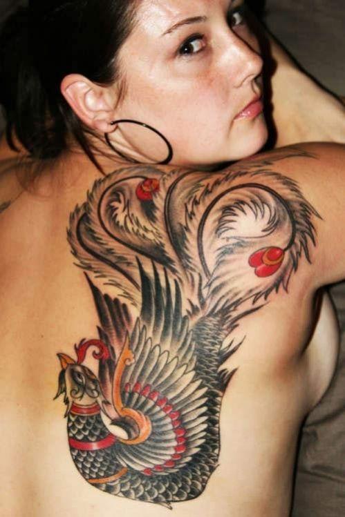 exemple tatouage phoenix femme quart haut droit du dos japonais | beauté