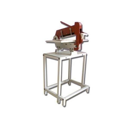 Cloth Cutting Machine - Manufacturers, Suppliers & Exporters