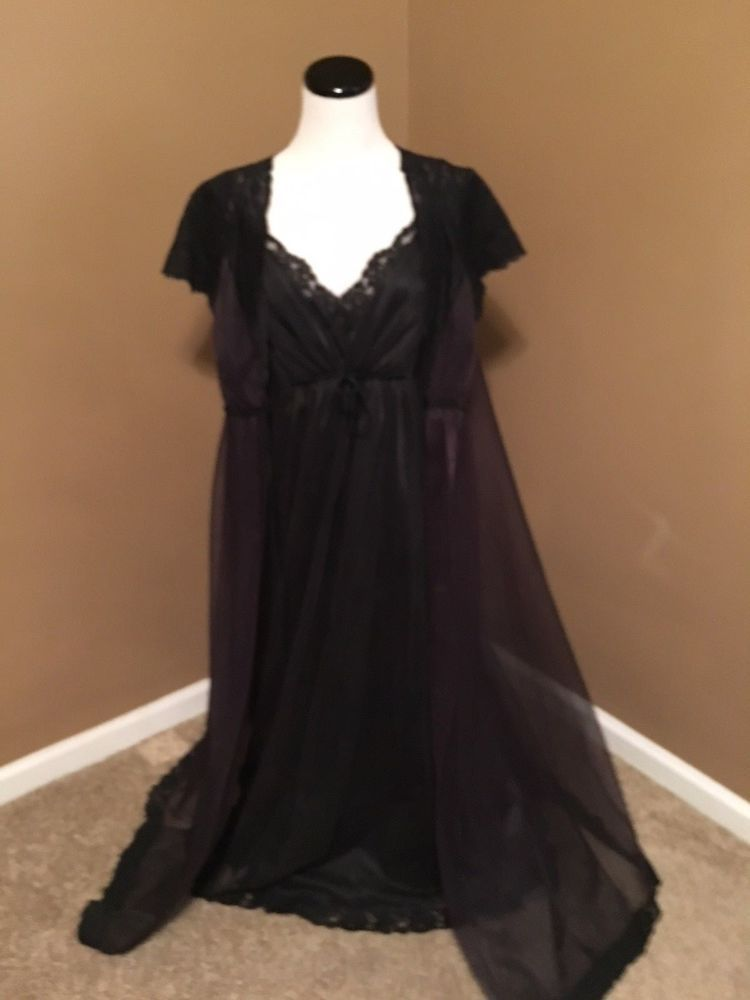 1803d36eae3 Vintage 1950 s Barbizon double chiffon long flowing peignoir set black