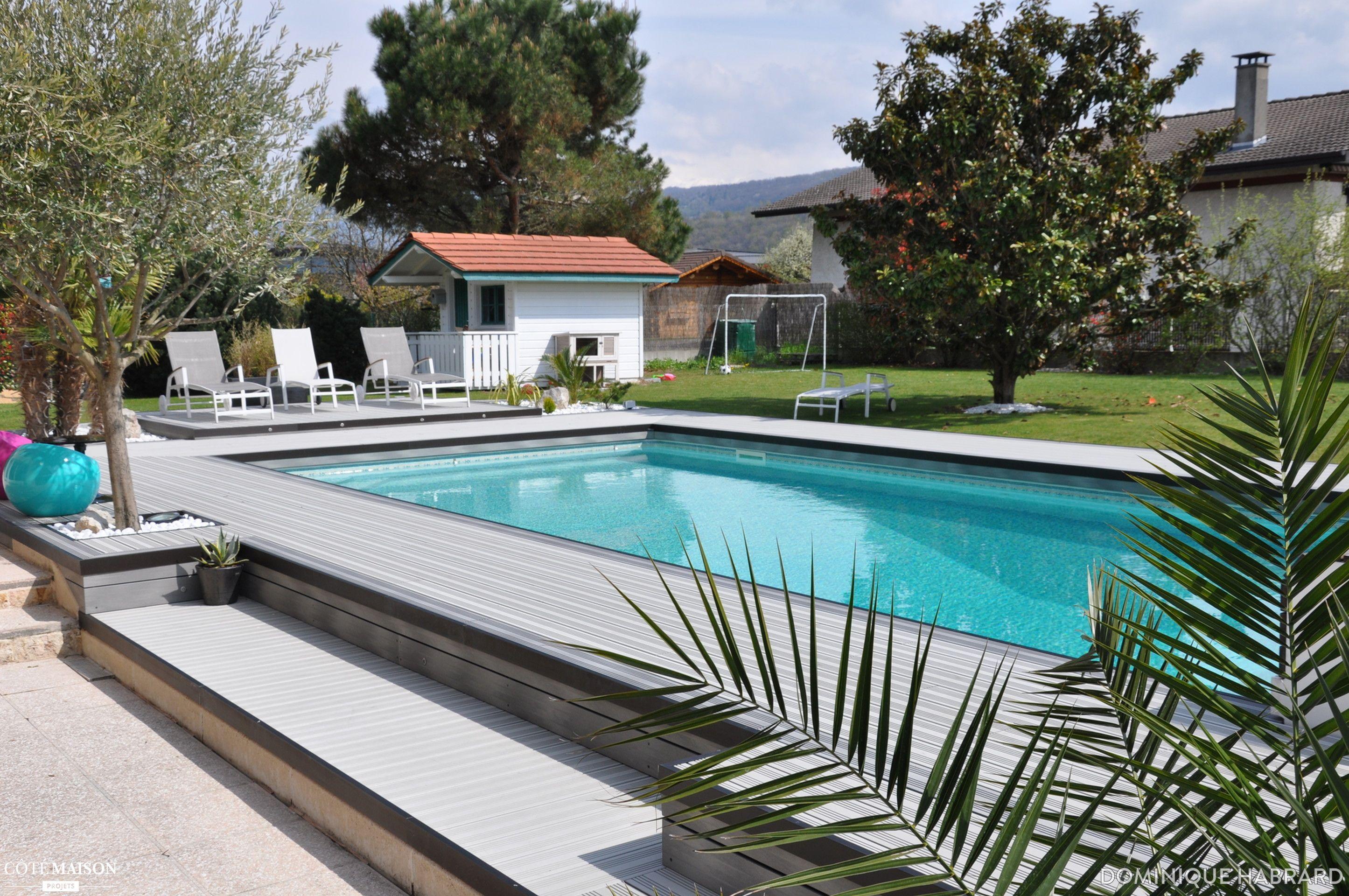 R novation d 39 une plage de piscine en bois composite gris Mobilier piscine