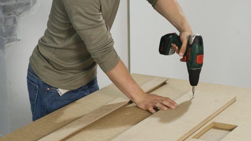 TV Wand selber bauen einfache Anleitung für unerfahrene Handwerker