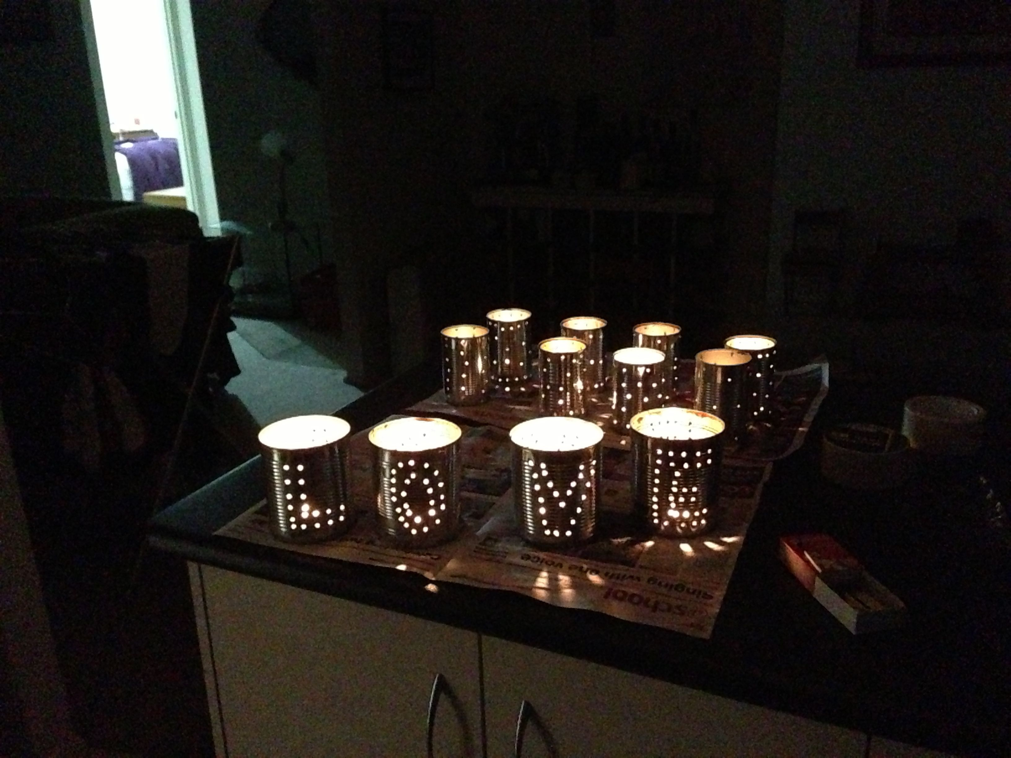 Tin can lanterns for evening wedding getting hitched pinterest tin can lanterns for evening wedding solutioingenieria Image collections