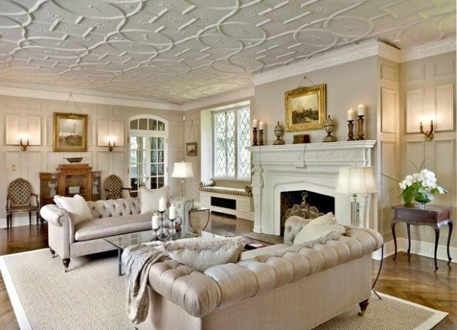 Einrichtung im viktorianischen Stil wohnzimmer kamin creme möbel