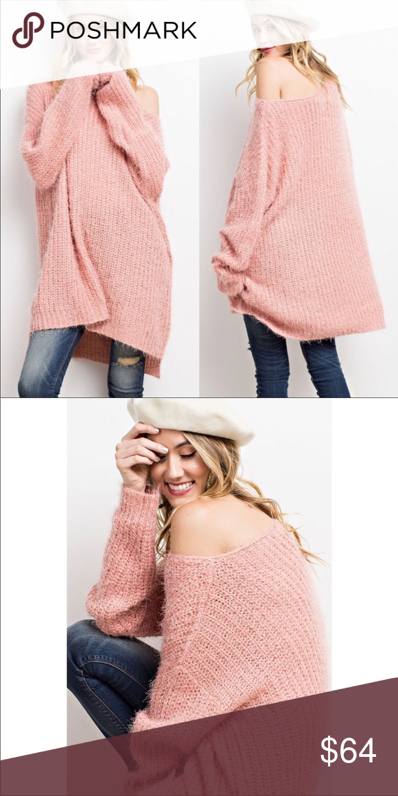 8b1a8fb4ff3d Soft Fuzzy Oversized Pink Sweater Soft and fuzzy oversized pink sweater.  •NO TRADES •PRICE FIRM~NO OFFERS •BUNDLE DISCOUNT FOR 3+ ITEMS Sweaters  Crew ...