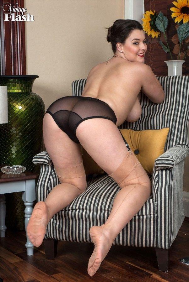 Helen Thomas im deutschen Retro Porno