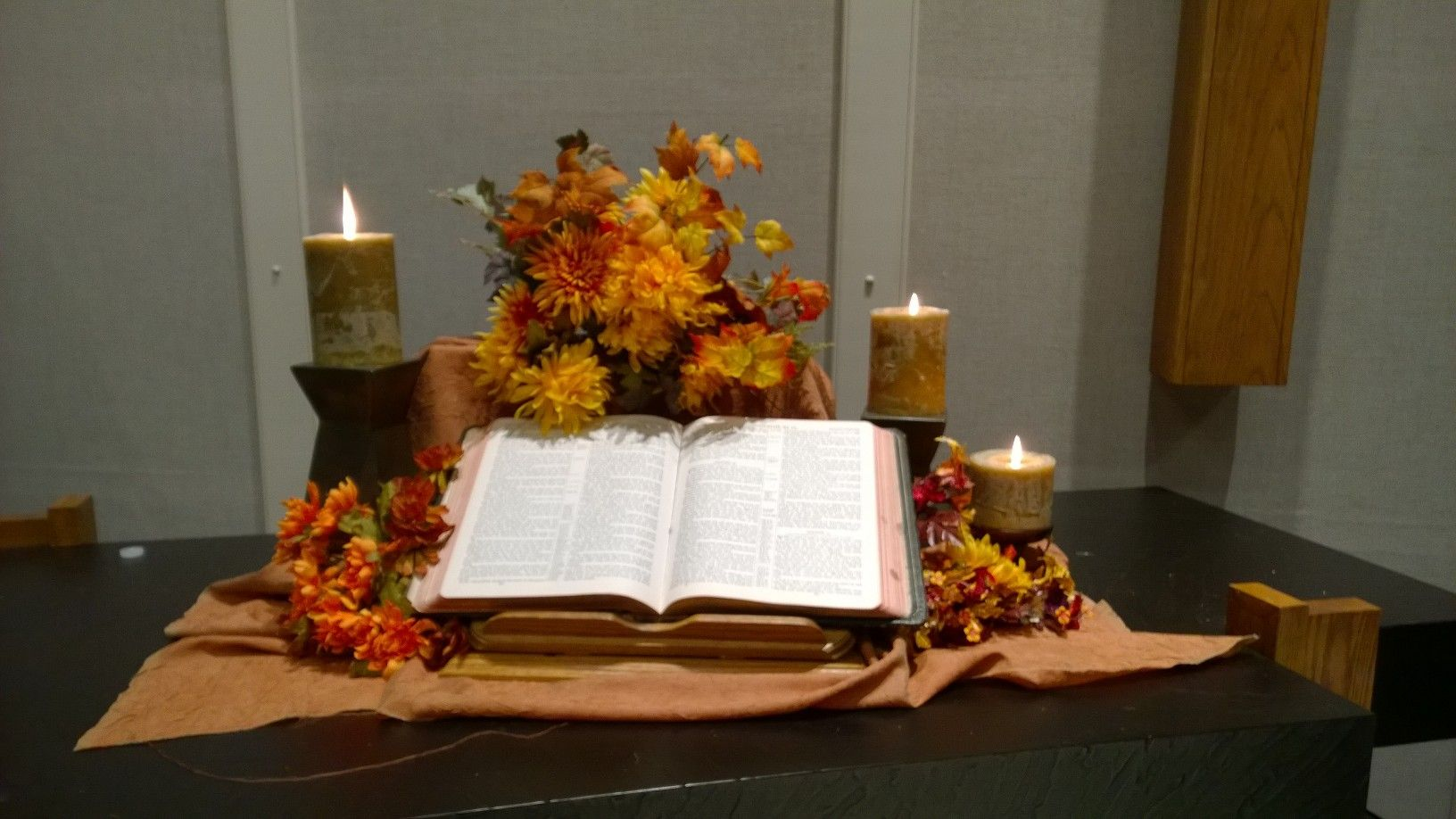 Fall altar Sept 2014 | Church christmas decorations, Fall ...