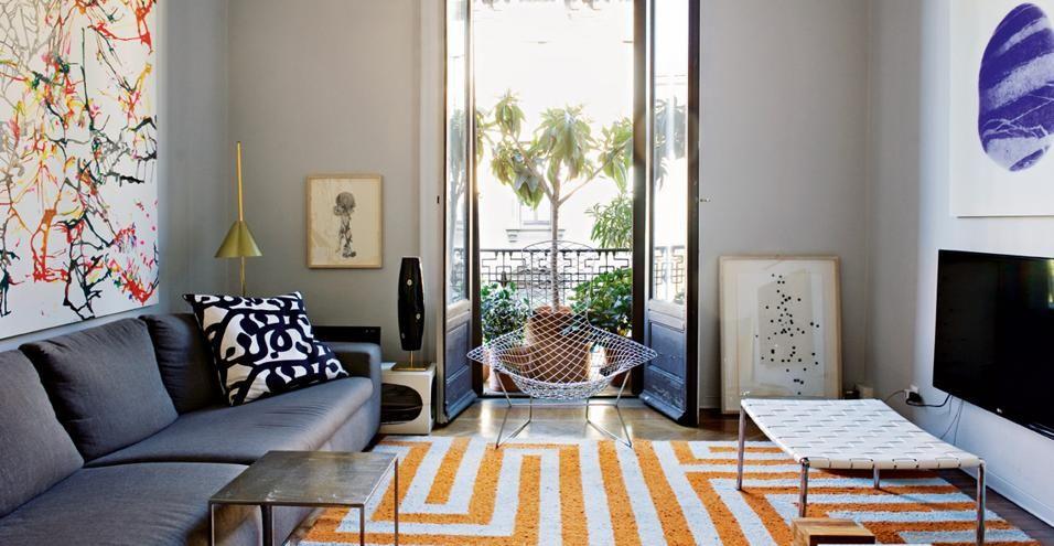 Il soggiorno divano moore e coffee table duchamp di rodolfo dordoni per minotti panca klasen