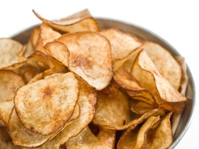 DIY Microwave Herb Potato Chips: Only 70 calories and 0 grams fat!