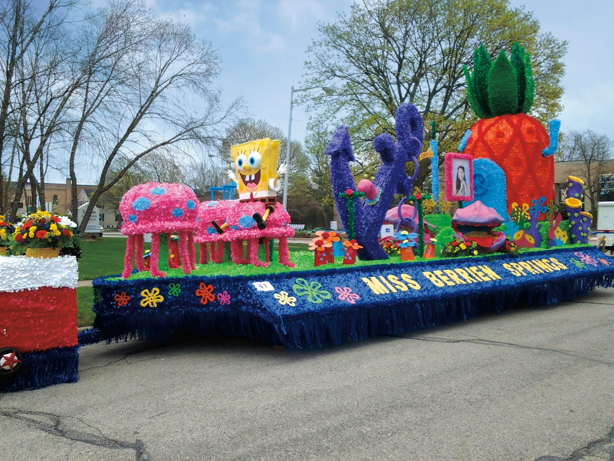 Fun Parade Float! SpongeBob SquarePants #paradefloats # ...