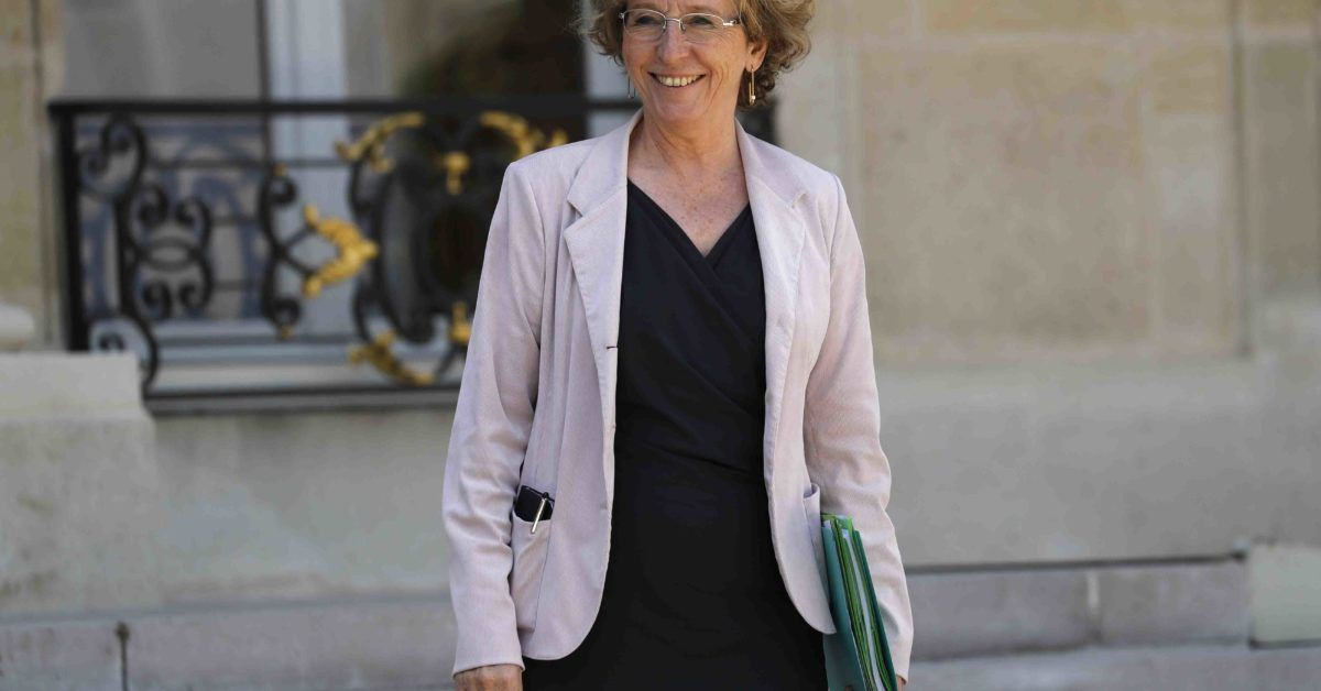 French labor minister implicated in corruption allegations: report