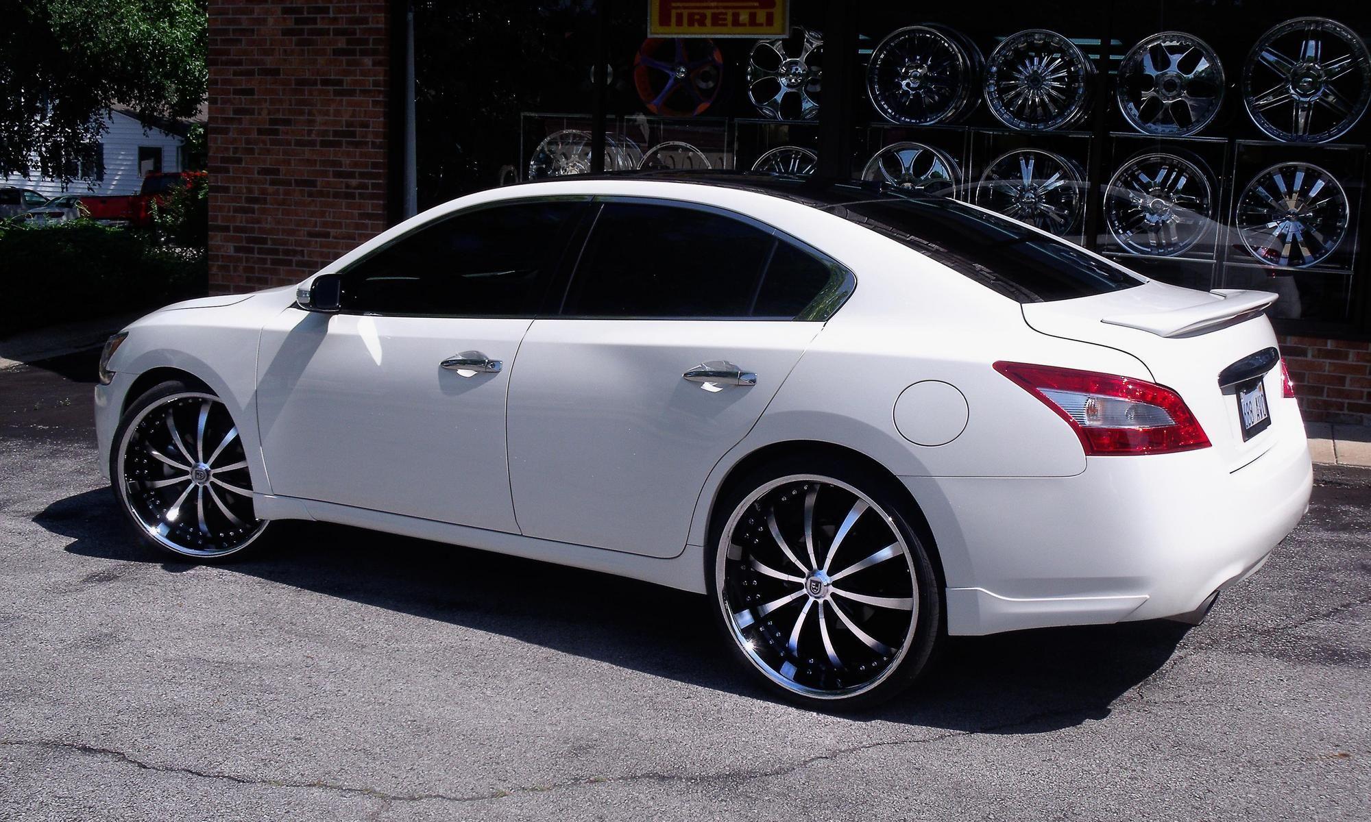 Lexani Wheels The Leader In Custom Luxury Wheels White 2011 Nissan Maxima With Machine And Black Lss 10 Nissan Maxima 2011 Nissan Maxima Nissan