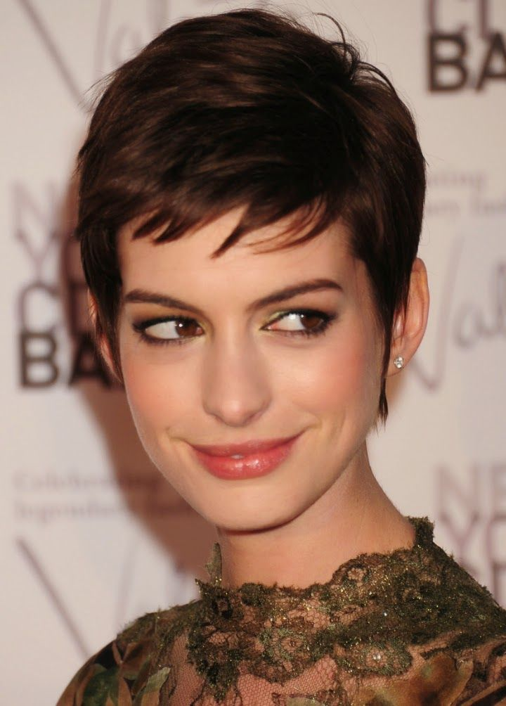 Musa Do Dia Anne Hathaway Cabelo Curto Cabelo Cabelo Curto Pixie