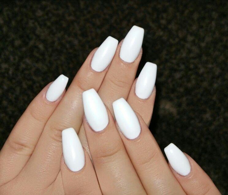 Matte White Coffin Nails :) | Nails | Pinterest | Diseños de uñas ...