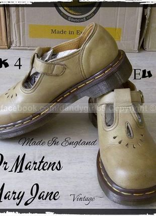 0207702443a Dr. Martens Mary Jane Pointure 37 uk4 Vintage Made in England !! couture  jaune cuir lisse non vernis beige très bon état  dandygirl65  DrMartens   MaryJanes
