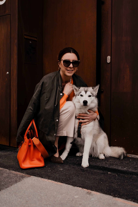 Mein Casual Chic Outfit mit Culotte und Kaschmirpullover von