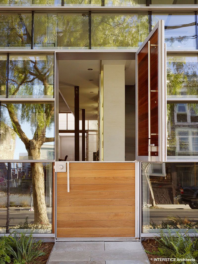 Beau Door Design Ideas   9 Examples Of Modern Dutch Doors // This Modern Dutch  Door, Surrounded By Walls Of Windows, Opens Up The Front Of The Home And  Allows In ...